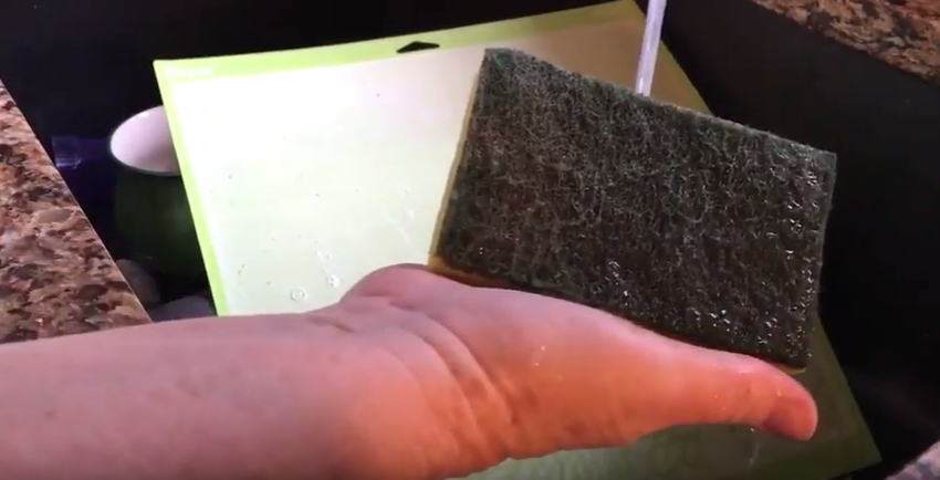 Clean Cricut Mat with Scrubbie