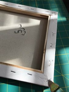 Cricut Reverse Canvas Projects are simple and fast. Find out with these step by step instructions.